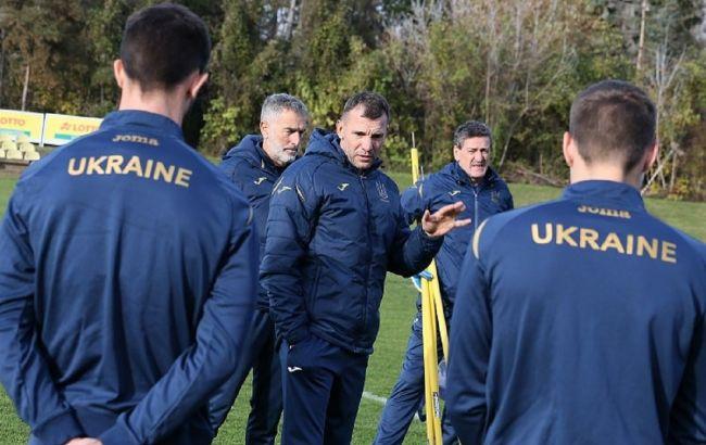Сборную Украины отправили на карантин в Швейцарии. Судьбу матча решит УЕФА