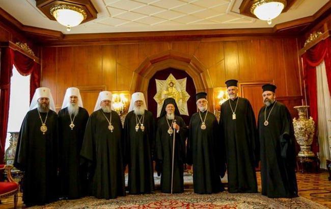 Вселенський патріархат назвав дату вручення томосу Україні