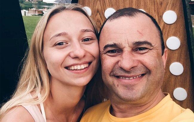 """""""Пошла жара"""": 25-летняя девушка Виктора Павлика ответила на слухи об их свадьбе"""