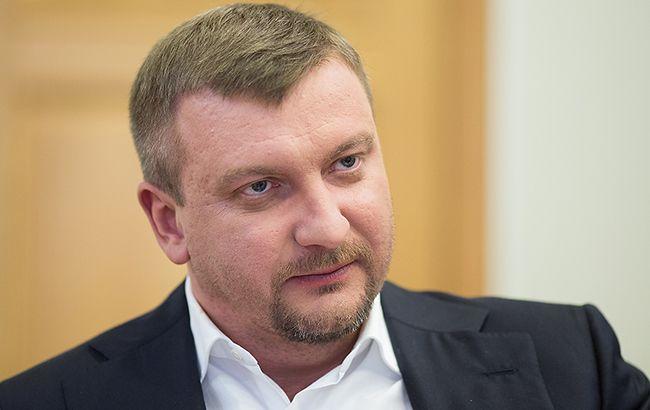 Петренко розповів, у чому сенс заочного засудження втікачів українських політиків
