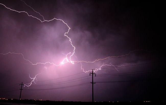 В Харьковской области мужчину убило ударом молнии