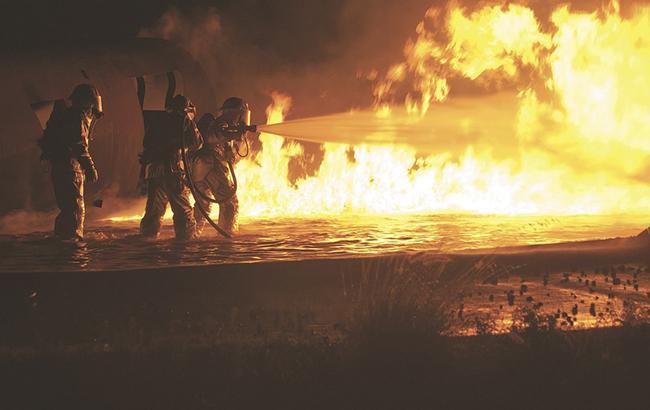 В ГСЧС не смогли назвать причину пожара на складах в Винницкой области