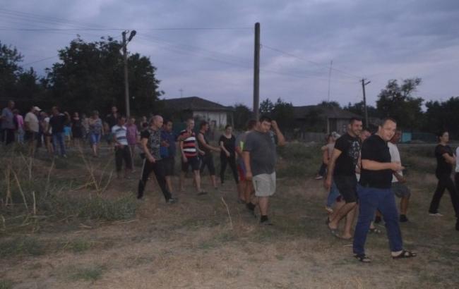 Фото: в Одесской области произошли погромы после убийства несовершеннолетней девочки