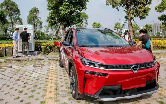 Китайская компания GAC представила самую быструю зарядку для электромобилей