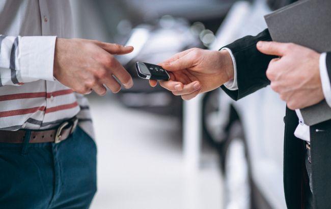 В Украине действует новая мошенническая схема с авто: как не попасть на крючок аферистов