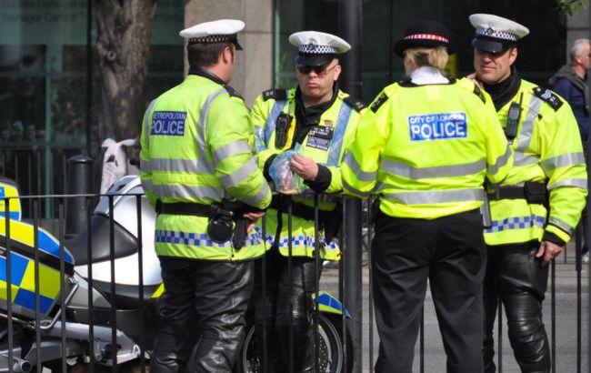 В Лондоне при разгоне вечеринки пострадали 11 полицейских