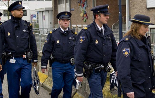 Полиция эвакуировала людей на одной из ж/д станций под Амстердамом