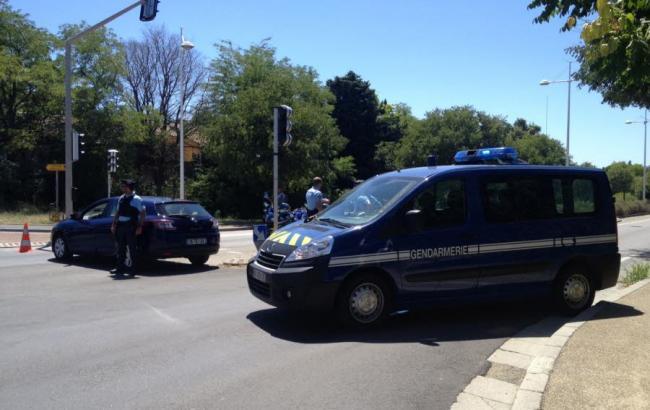 Фото: захопив готель у Франції заарештований