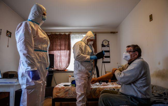 ВОЗ предупредила о высоком риске осенней вспышки COVID у Европы