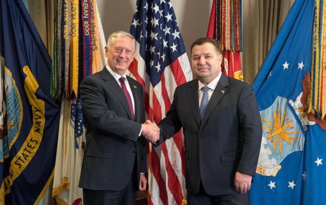 Міністр оборони України зустрівся з главою Пентагону