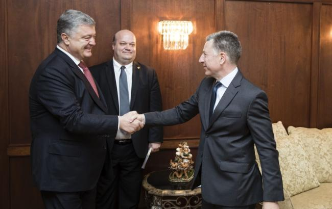 Фото: Петр Порошенко и Курт Волкер (president.gov.ua)