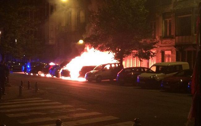 Фото: в Брюсселе сгорели несколько припаркованных авто