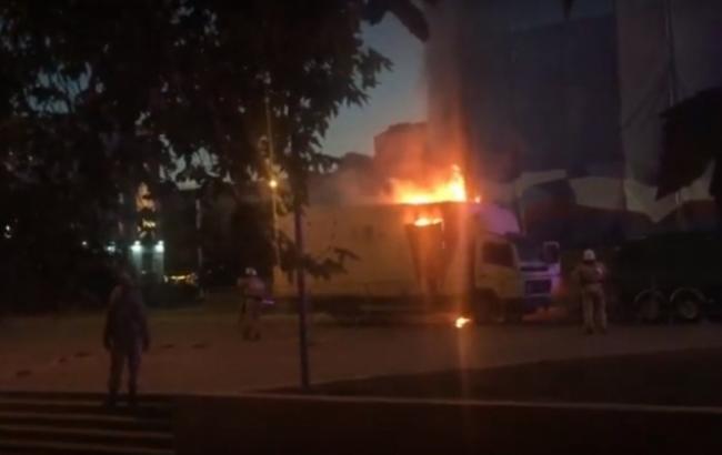 Фото: в Симферополе начался пожар за сценой во время предвыборного концерта