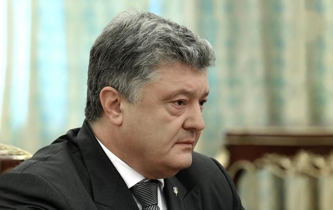 Порошенко снял запрет на въезд в Украину омбудсмену РФ, - Денисова
