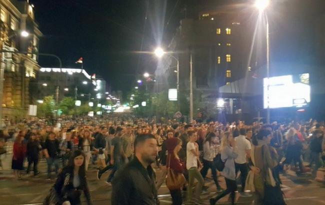 У Сербії тривають протести проти обрання президентом Вучича