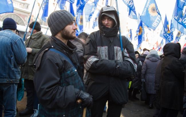 Фото: Не всі люди в Києві знають, чому мітингують (РБК-Україна)