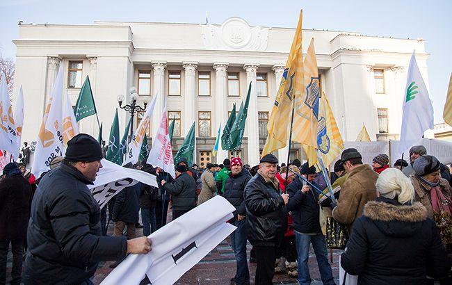 Фото: протесты в центре Киева