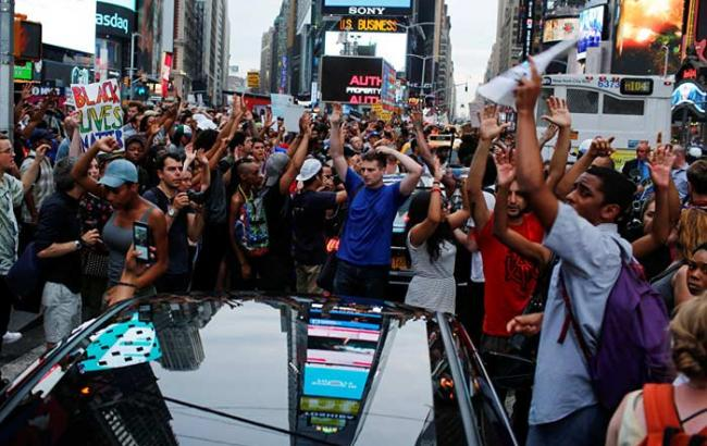 Фото: в результате протестов против расстрела темнокожих в США задержали свыше 260 человек