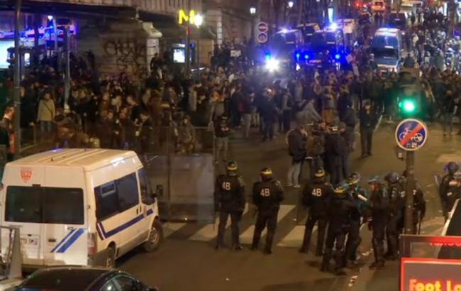 Фото: у Франції проходять протести проти жорстокості поліцейських