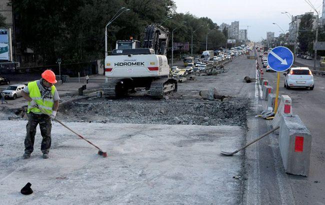 В Киеве частично ограничат движение на проспекте Палладина