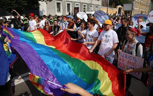 Денисова наголосила на неприпустимості дискримінації та насильства на Марші рівності