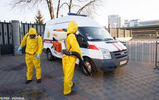 Во Львове на коронавирус протестовали работников коммунальных служб