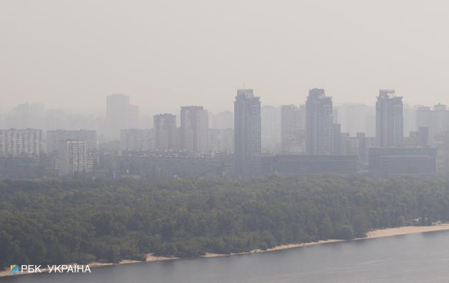 У Києві сьогодні туман та погана видимість на дорогах