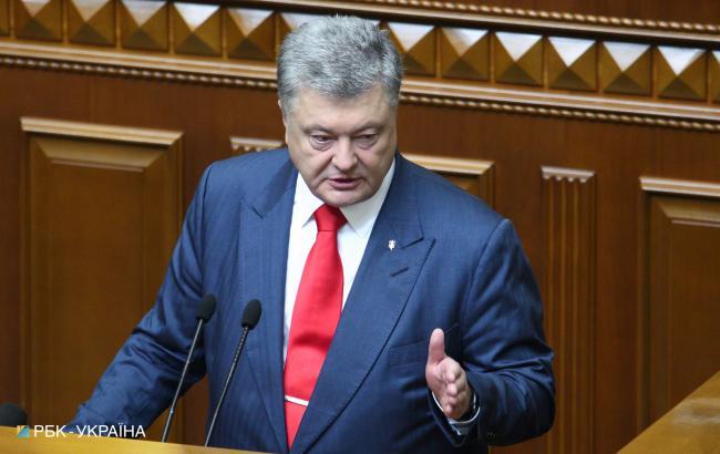 Россия не оставила надежды проложить наземный коридор в Крым, - Порошенко