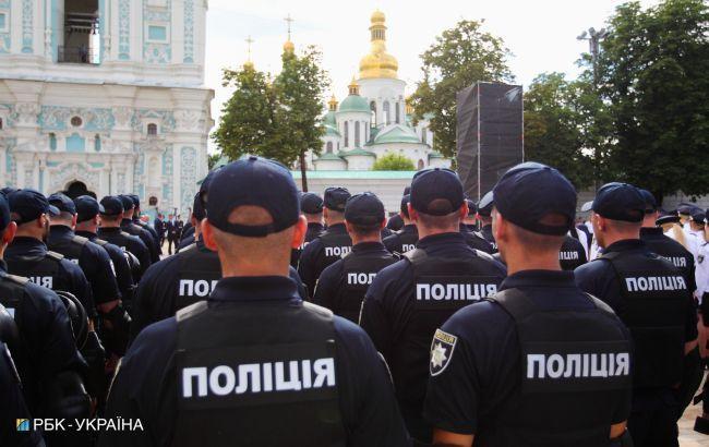 Поліція викрила посадовців УЦОЯО на фальсифікаціях із ЗНО