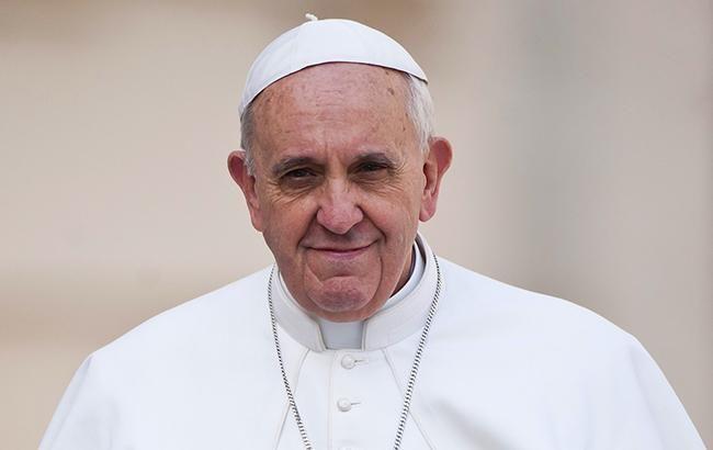 Папа Франциск буде проповідувати по відео через коронавірус