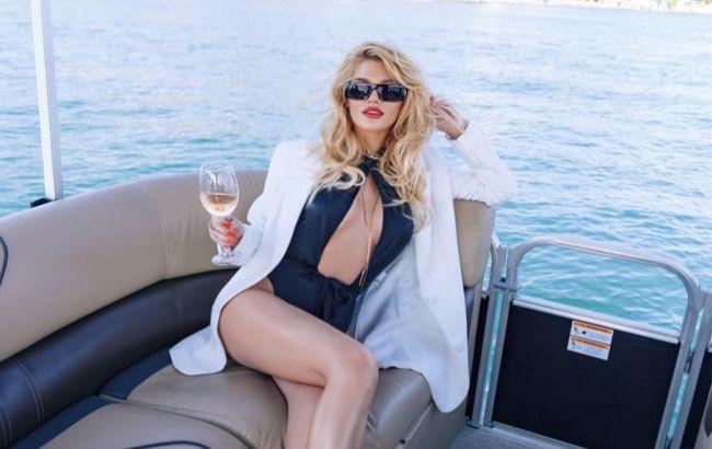 Украинская поп-звезда шиканула в день рождения: Rolex, яхта и сногсшибательное платье