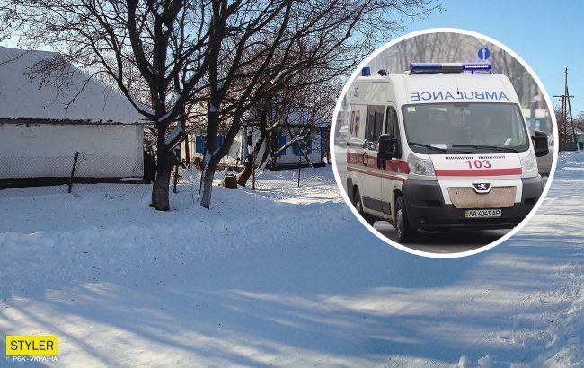 Під Рівним вдома померла жінка: через сніг до неї не доїхали медики