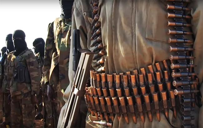 "Фото: боевики ""Аш-Шабаб"" взяли ответственность за теракт в Сомали"