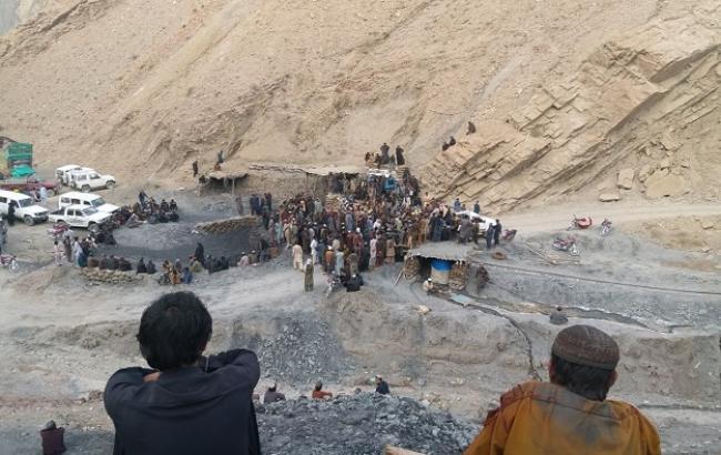 У Пакистані в результаті обвалення двох шахт загинули 18 людей