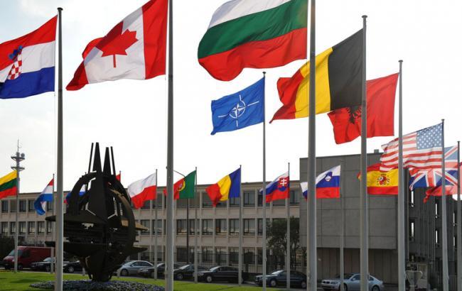Послы НАТО призвали РФ отпустить украинских моряков и воздержаться от эскалации