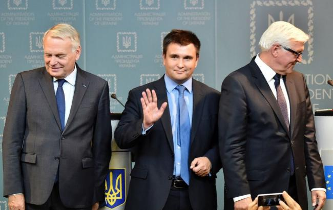 Фото: Павло Клімкін провів зустріч з Франком-Вальтером Штайнмайєром і Жаном-Марком Еро