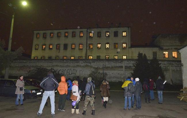 Фото: ув'язнені напали на конвоїрів Лук'янівського СІЗО