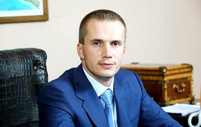 Суд снял арест сосчетов компаний  сына Януковича