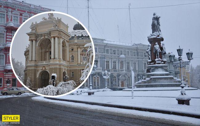 Одесу знову засипало снігом: місто паралізоване