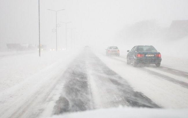 """Фото: трассу """"Киев-Одесса"""" открыли для легковых автомобилей и автобусов"""