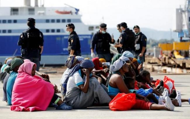 Фото: в Средиземном море погибли 14 беженцев