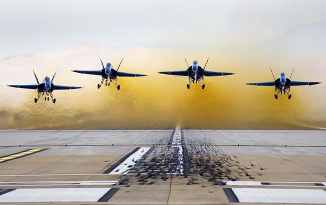 Фото: военные самолеты (flickr.com/code20photog)