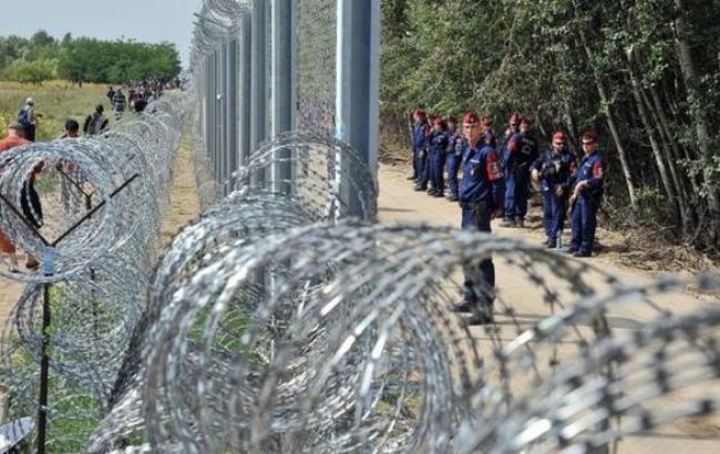 ВООН призвали страныЕС неотправлять беженцев вВенгрию