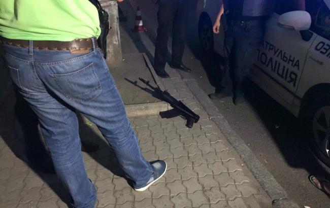 Фото: стрілянина в Дніпрі (informator.dp.ua)