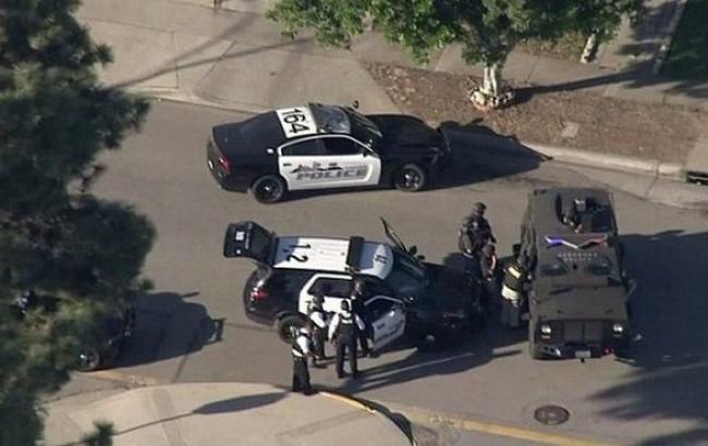 Фото: в Каліфорнії біля виборчої дільниці сталася стрілянина