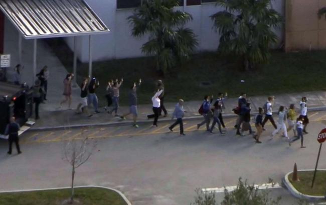 Стрілянина в школі у Флориді: загинули 17 людей