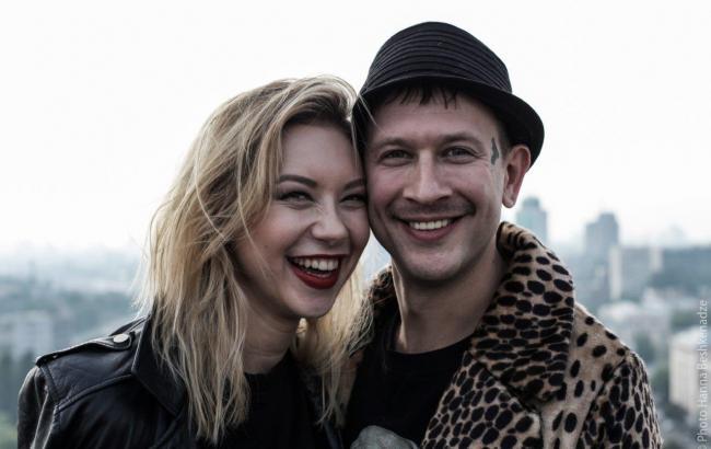 Фото: Богдан Ступка и Полина Логунова