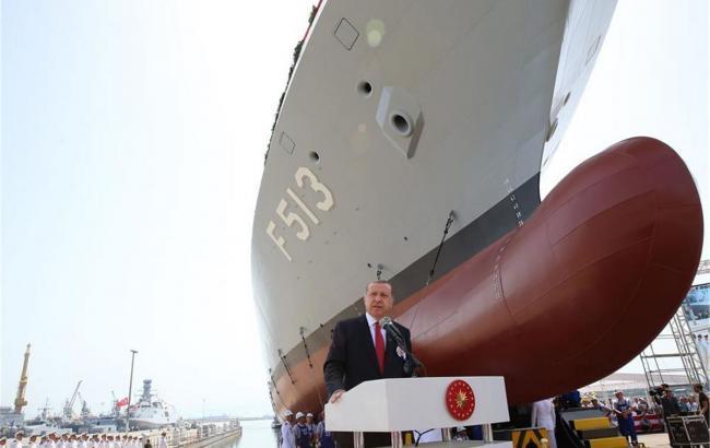 Эрдоган пообещал усилить турецкий флот собственным авианосцем