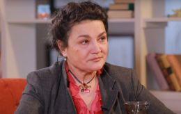 """Сумська змушена утримувати 38-річну доньку: """"вона не працює, просто живе на світі"""""""