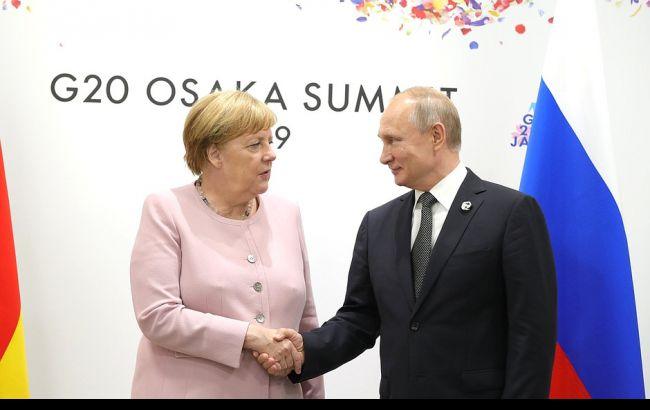 Путін та Меркель домовилися продовжити роботу в нормандському форматі